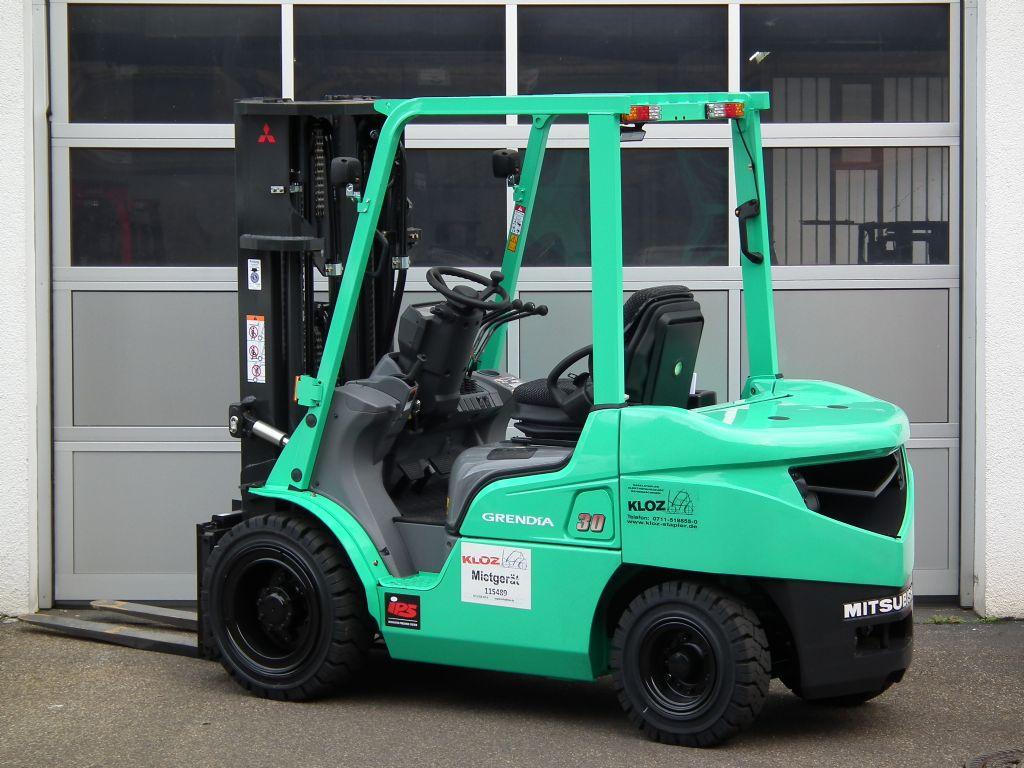 Mitsubishi-FD30N-Dieselstapler-www.kloz-stapler.de