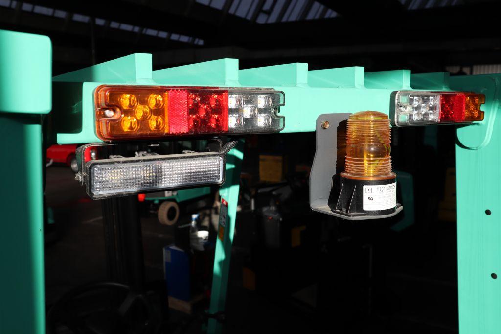 Mitsubishi-FG15NT-Treibgasstapler-www.kloz-stapler.de