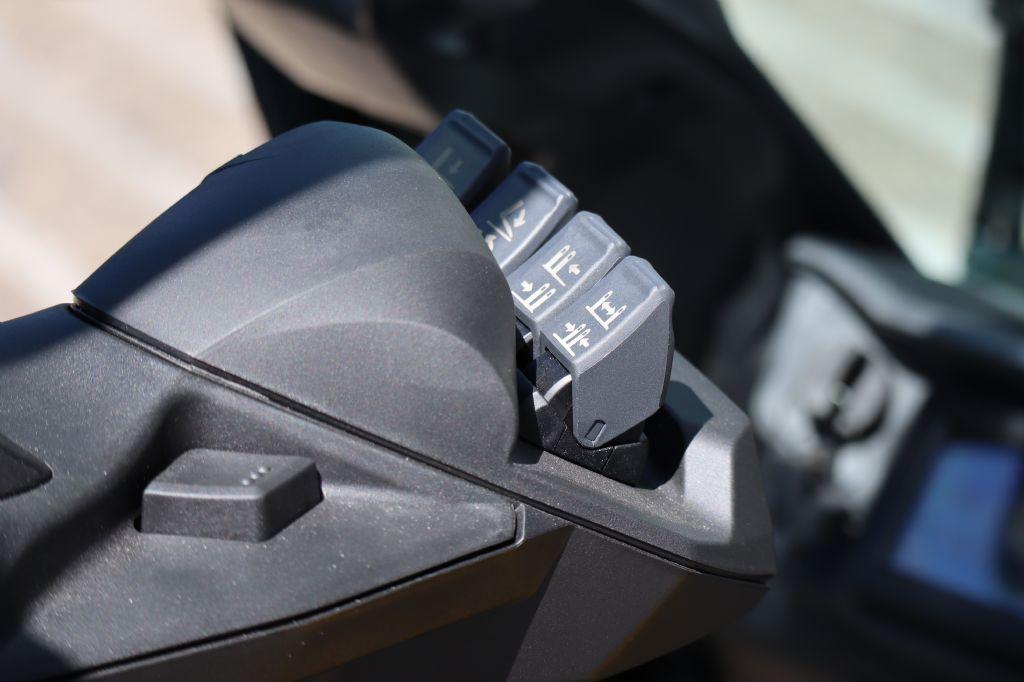 Mitsubishi-FB16ACN -Elektro 4 Rad-Stapler-www.kloz-stapler.de