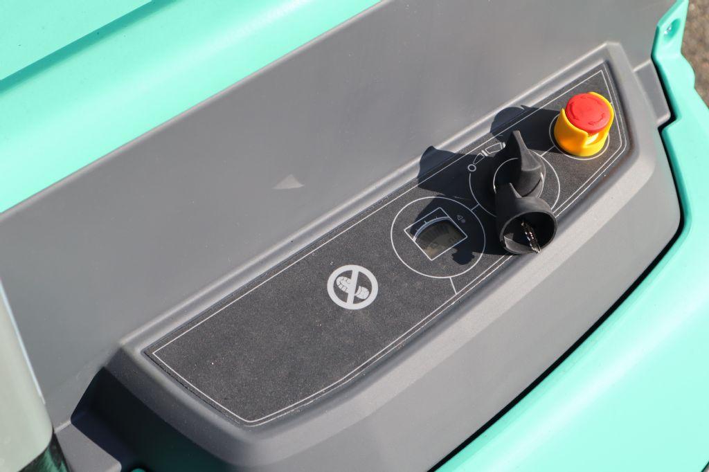 Mitsubishi-SBP12N2-Hochhubwagen-www.kloz-stapler.de
