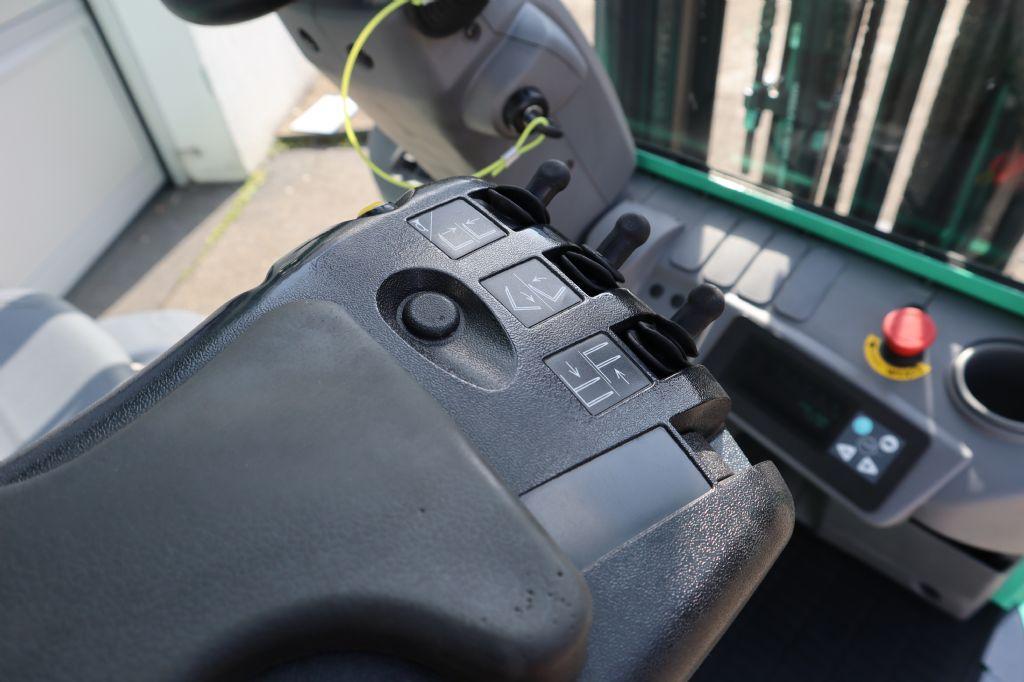 Mitsubishi-FB16CPNT-Elektro 3 Rad-Stapler-www.kloz-stapler.de