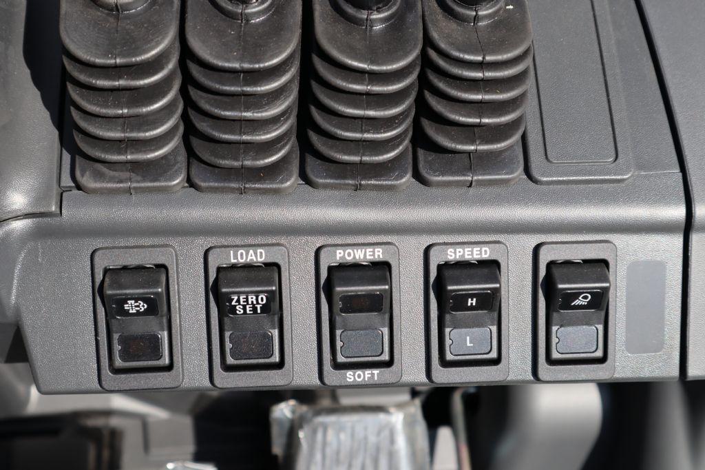 Mitsubishi-FD30N3-Dieselstapler-www.kloz-stapler.de