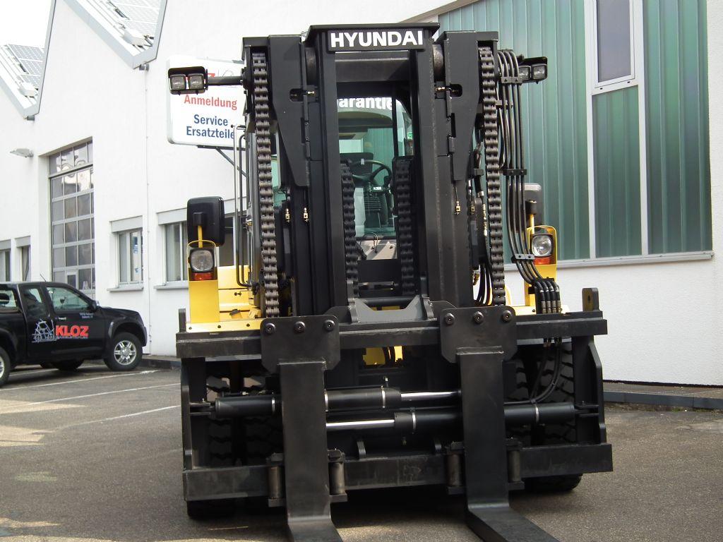 Hyundai-180D-9-Dieselstapler-www.kloz-stapler.de