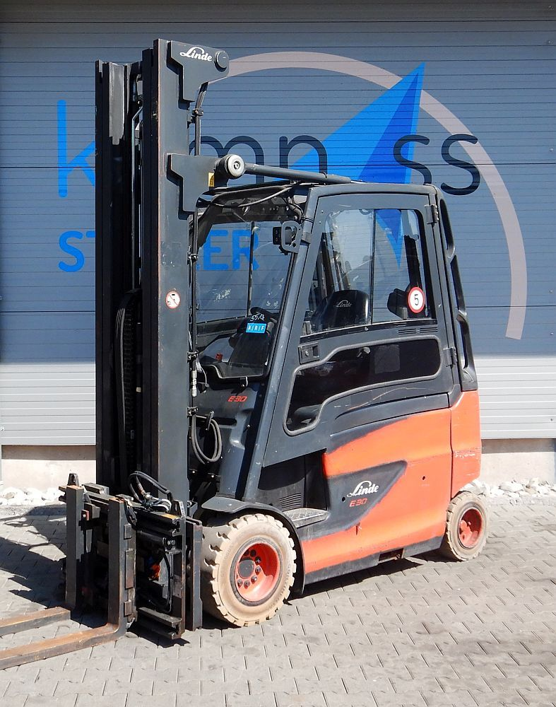 Linde E 30 HL/600/387 Electric 4-wheel forklift www.kompass-stapler.de