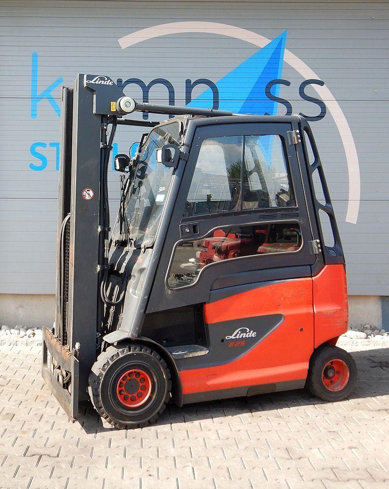 Linde E 25 H/600/387-Batterie 2015 Electric 4-wheel forklift www.kompass-stapler.de