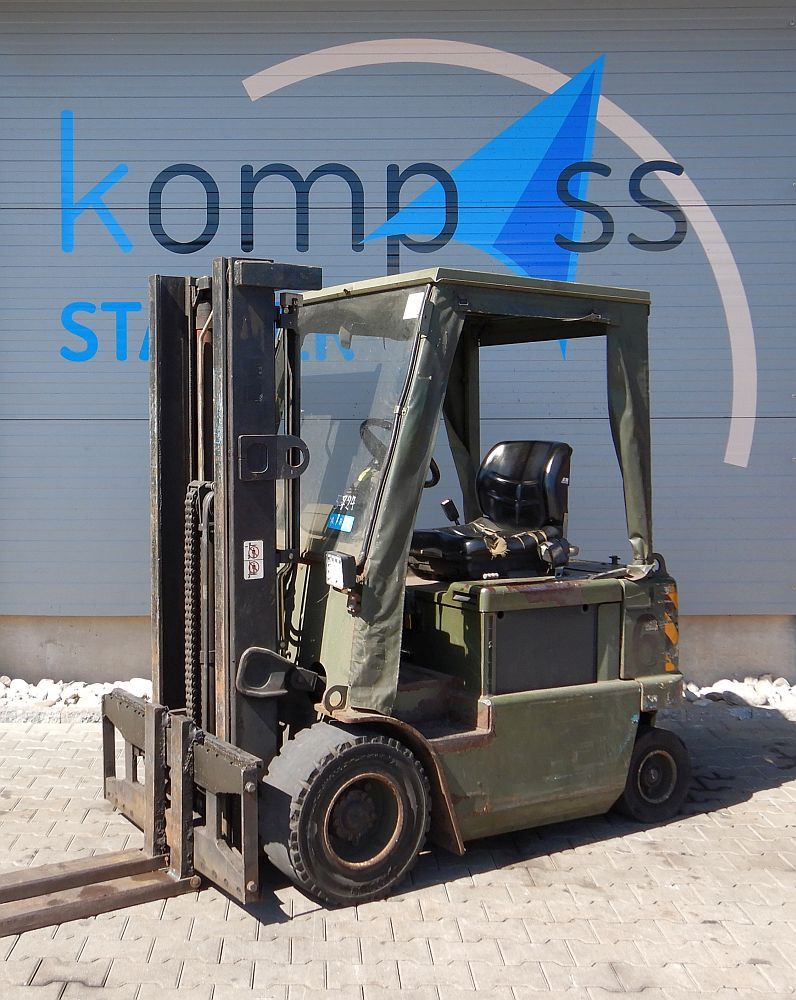 Clark CEM 16 Electric 4-wheel forklift www.kompass-stapler.de