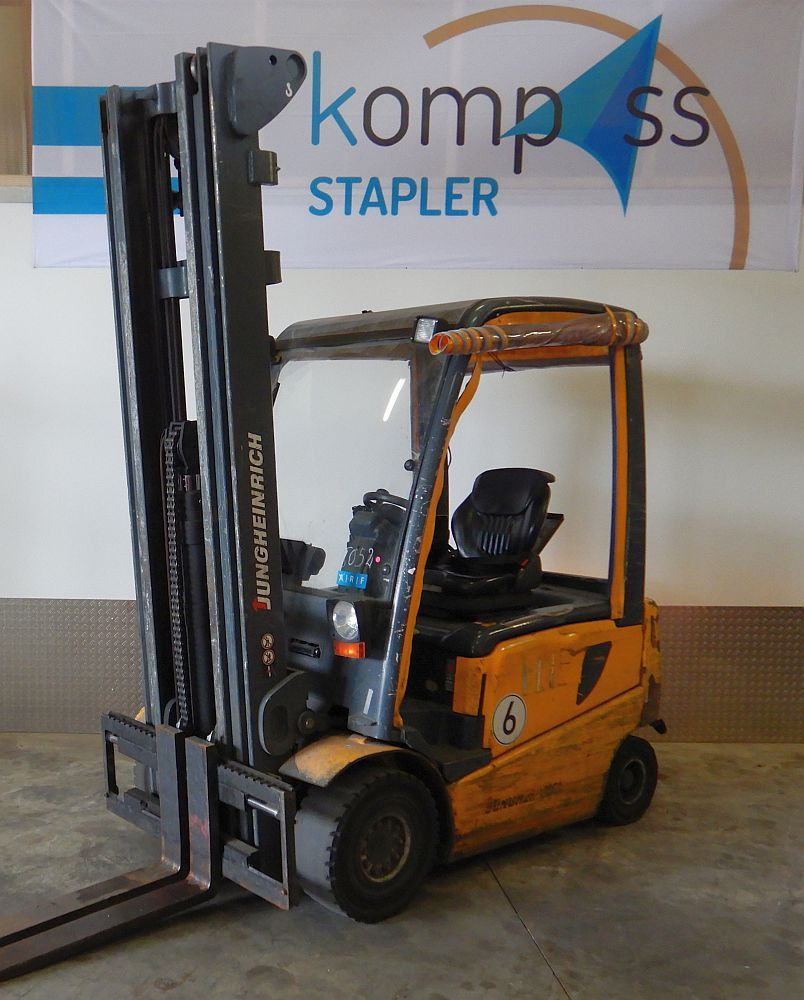 Jungheinrich EFG425 Electric 4-wheel forklift www.kompass-stapler.de