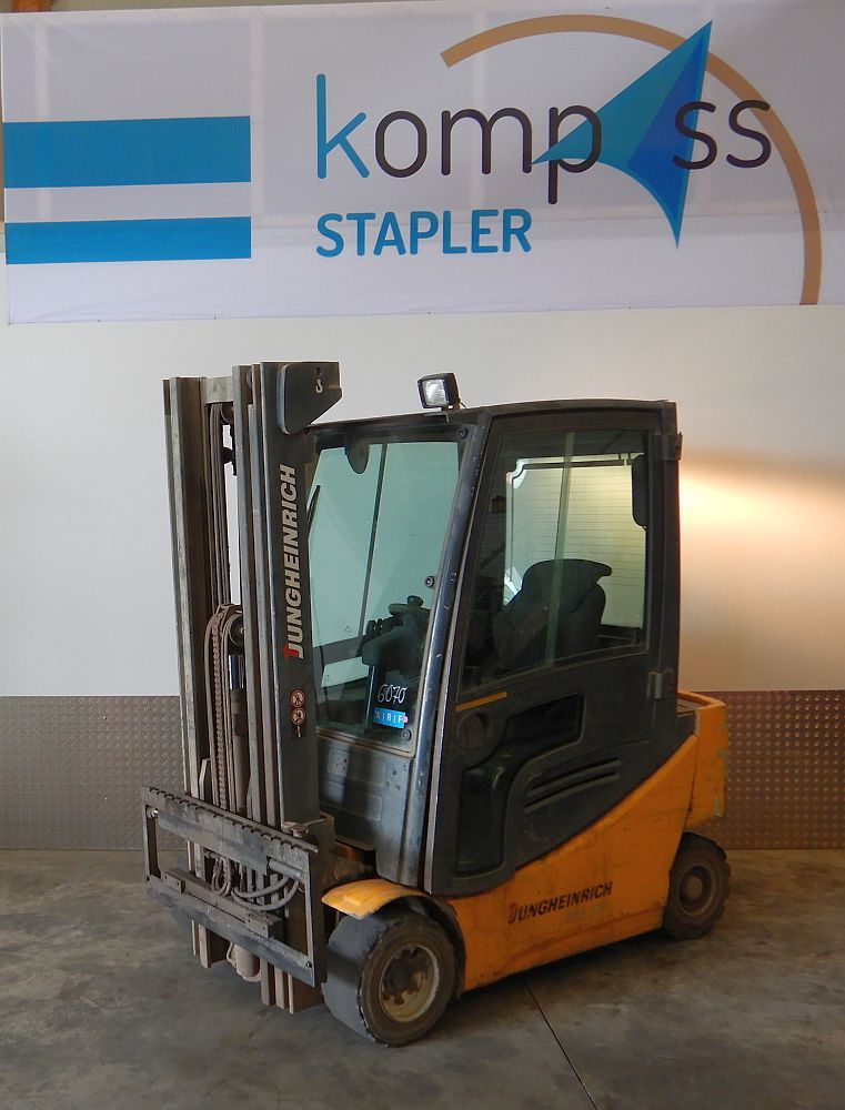 Jungheinrich EFG320 Electric 4-wheel forklift www.kompass-stapler.de