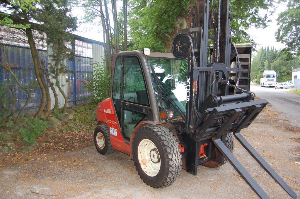 Manitou-MSI 30-Geländestapler-www.koop-gabelstapler.de