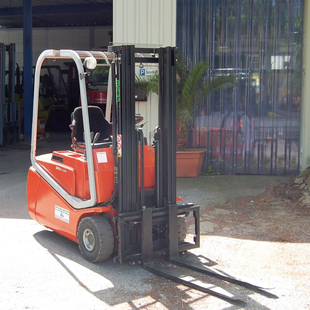 Cesab-CBE 12 AC// Batterie aus Baujahr 2012 //Wenige Betriebsstunden-Elektro 3 Rad-Stapler-www.koop-gabelstapler.de