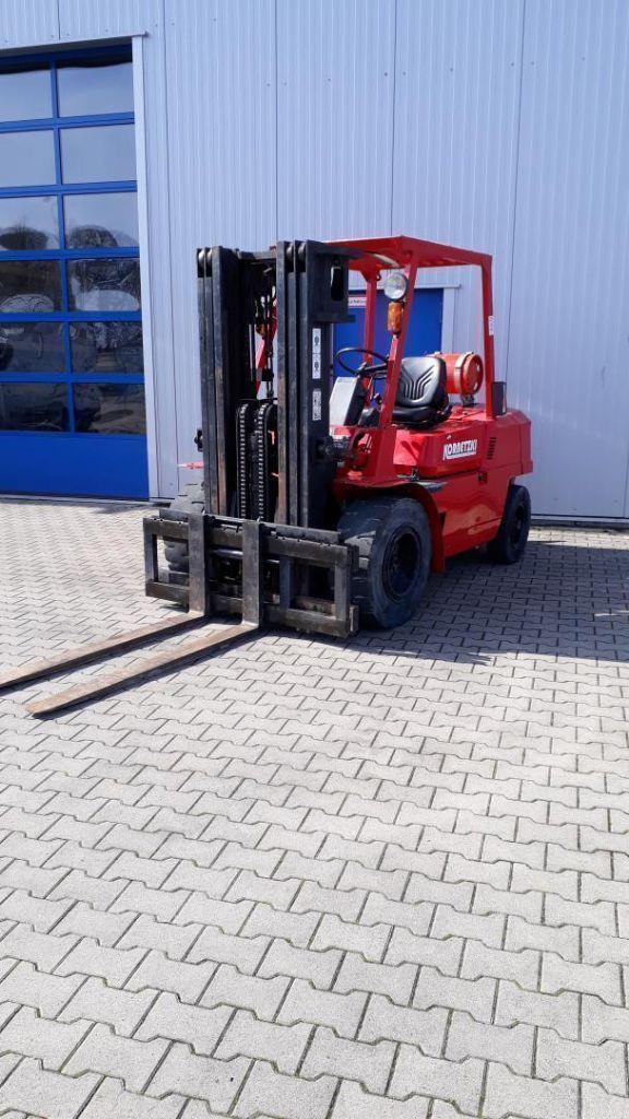 Mitsubishi FG35T Treibgasstapler  www.kornetzki-gabelstapler.de