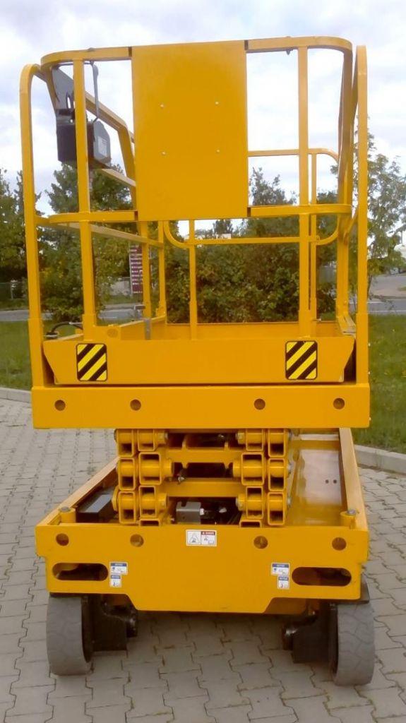 Haulotte Compact 10 Scherenarbeitsbühne www.kornetzki-gabelstapler.de