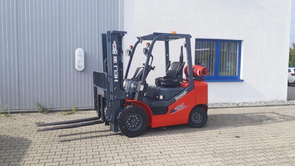 Heli 2,5T H3 Nissan/GCT K21 Treibgasstapler  www.kornetzki-gabelstapler.de