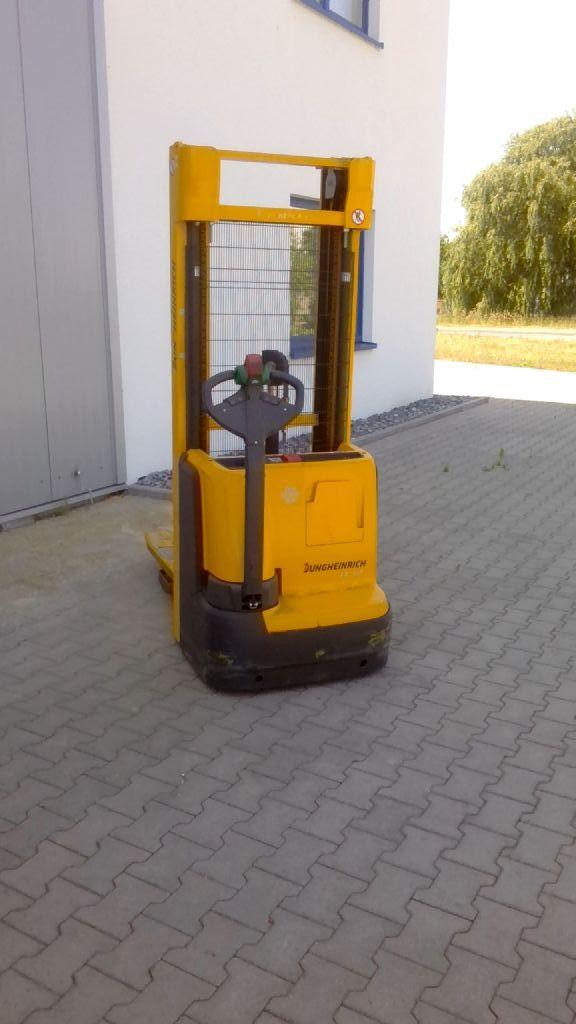 Jungheinrich EJC112 Hochhubwagen www.kornetzki-gabelstapler.de