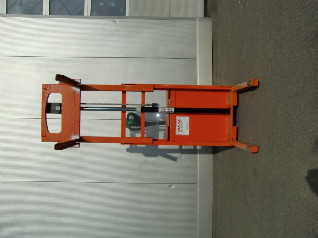 Doosan-LEDS 12,5 S-Deichselstapler-www.krause-salem.de