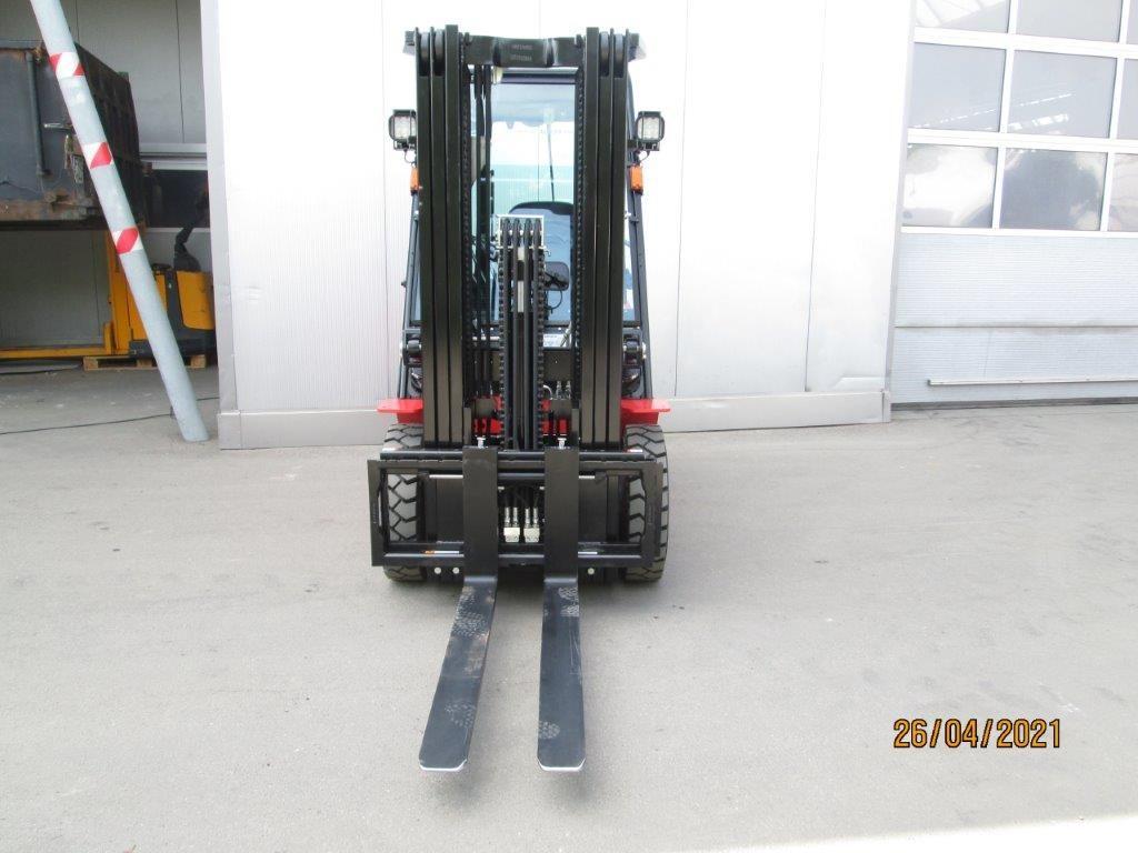 Hangcha-CPCD 25 XRW92F-Dieselstapler-www.krause-salem.de