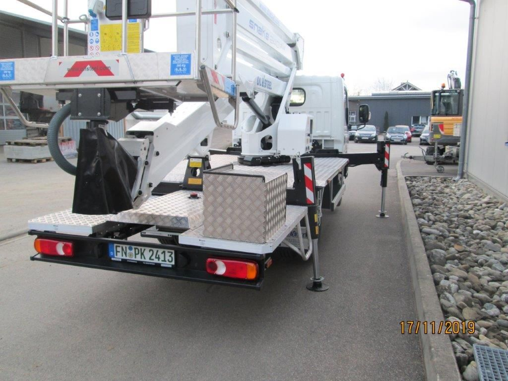 Oil & Steel-SNAKE 2413 Plus-LKW Arbeitsbühne-www.krause-salem.de