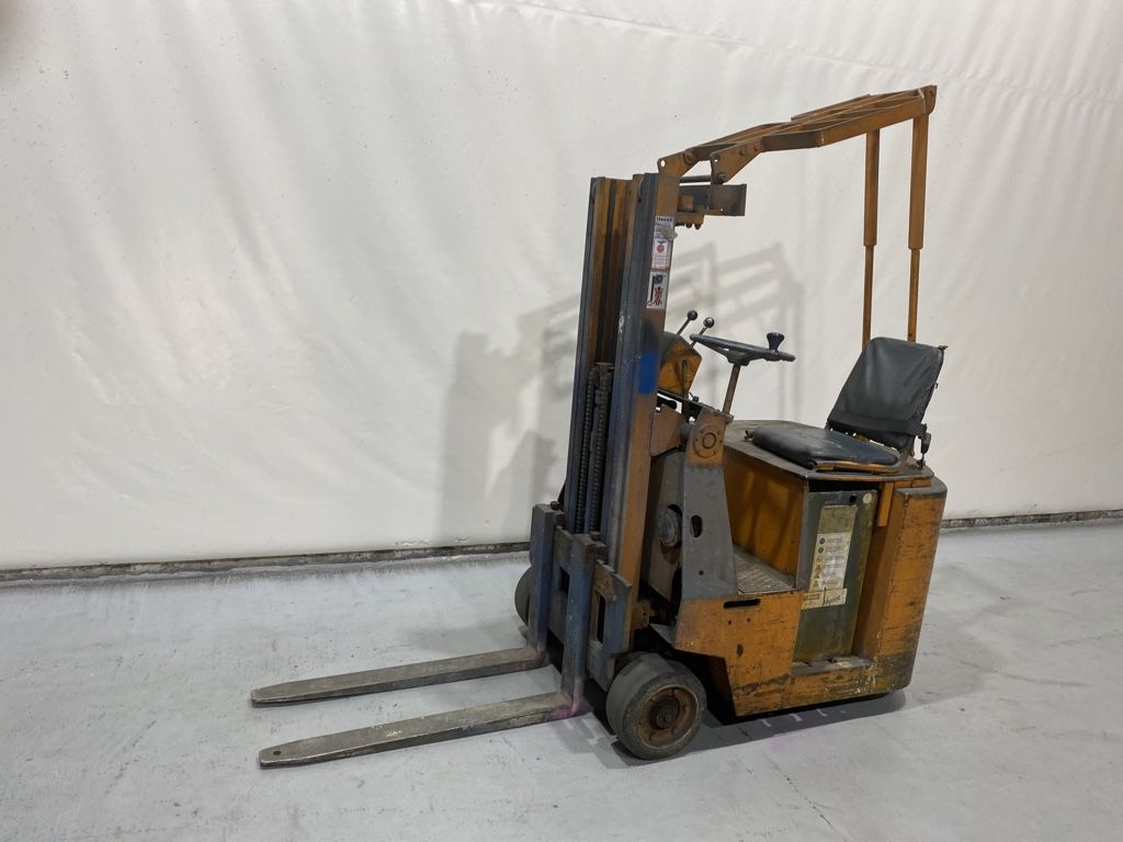 Still-EFG1001V/0905-Elektro 3 Rad-Stapler-www.kriegel-gmbh.de