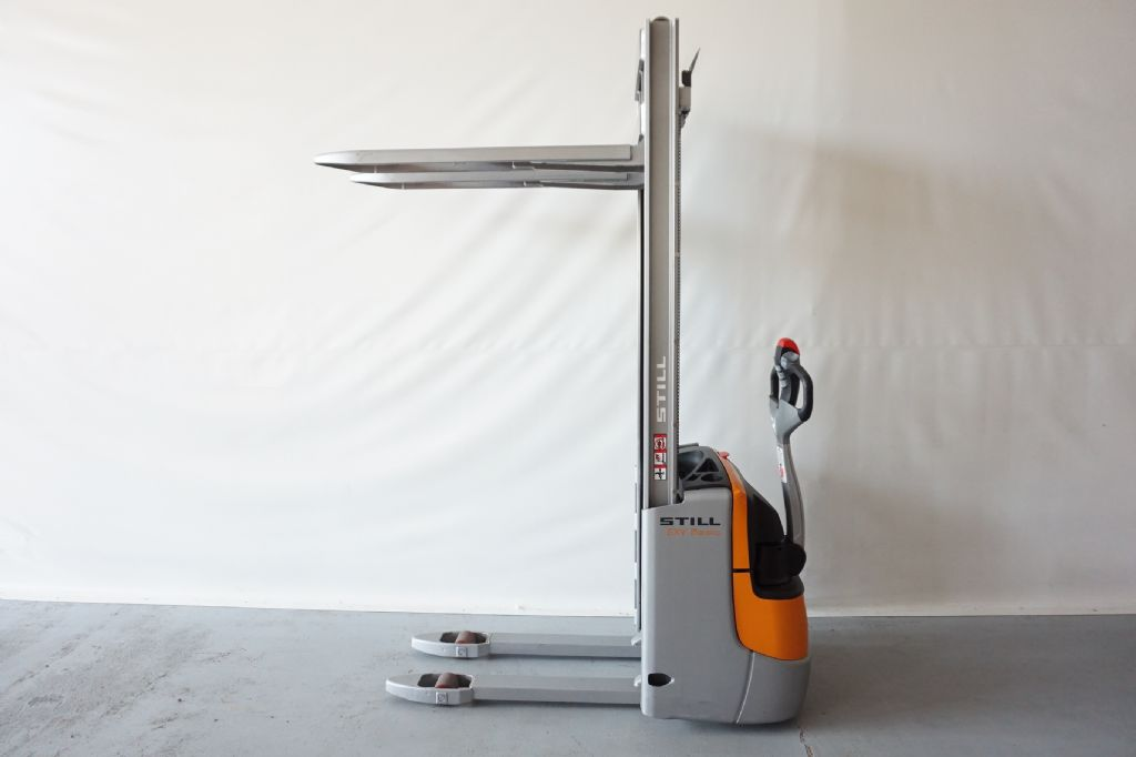 Still-EXV10  Basic  erst 45 Stunden-High Lift stacker-www.kriegel-gmbh.de