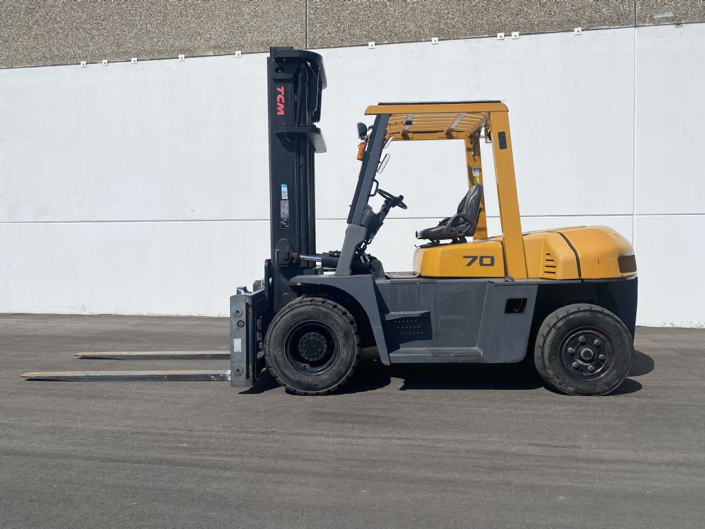 TCM-FD70-9-Dieselstapler-www.kugler.net