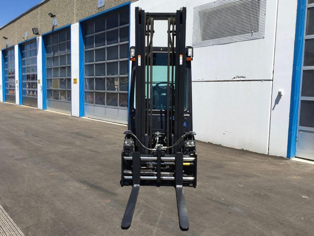 Doosan-G25E-5-Treibgasstapler-www.kugler.net
