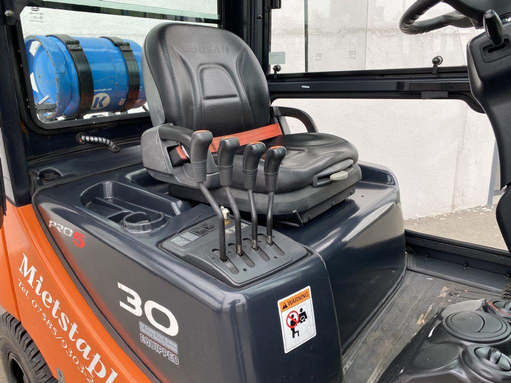 Doosan-G30E-5-Treibgasstapler-www.kugler.net