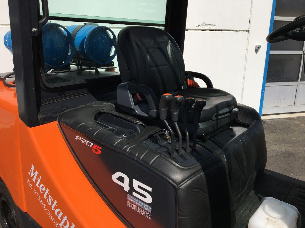 Doosan-G45SC-5-Treibgasstapler-www.kugler.net