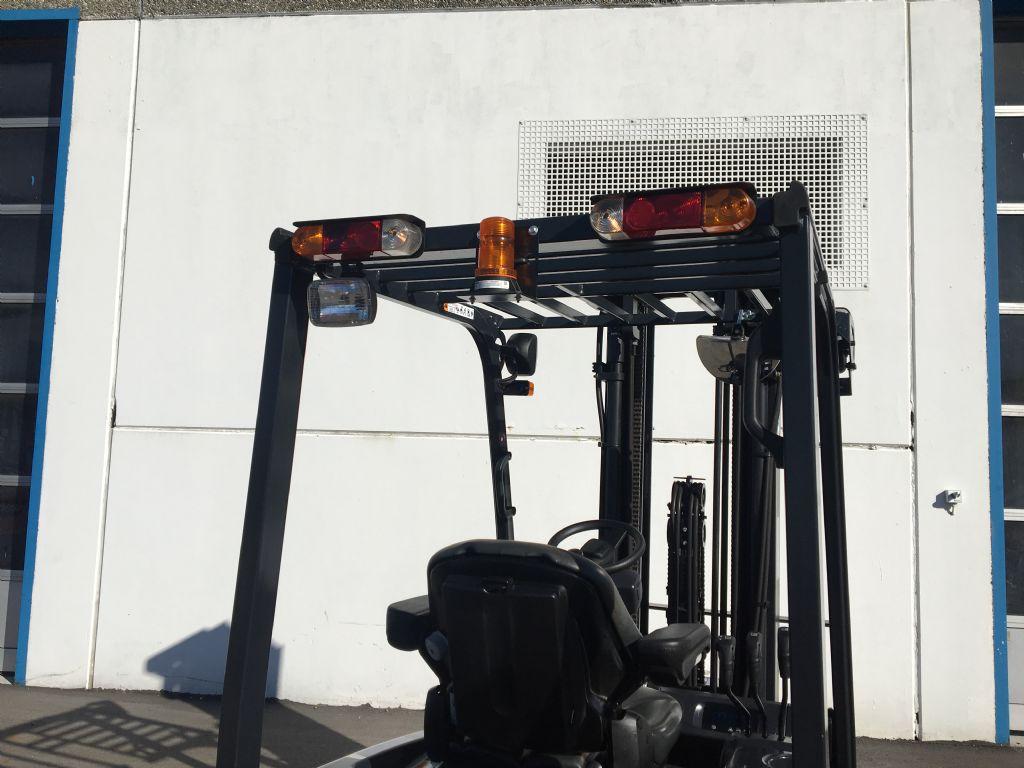Doosan-B18T-7-Elektro 3 Rad-Stapler-www.kugler.net