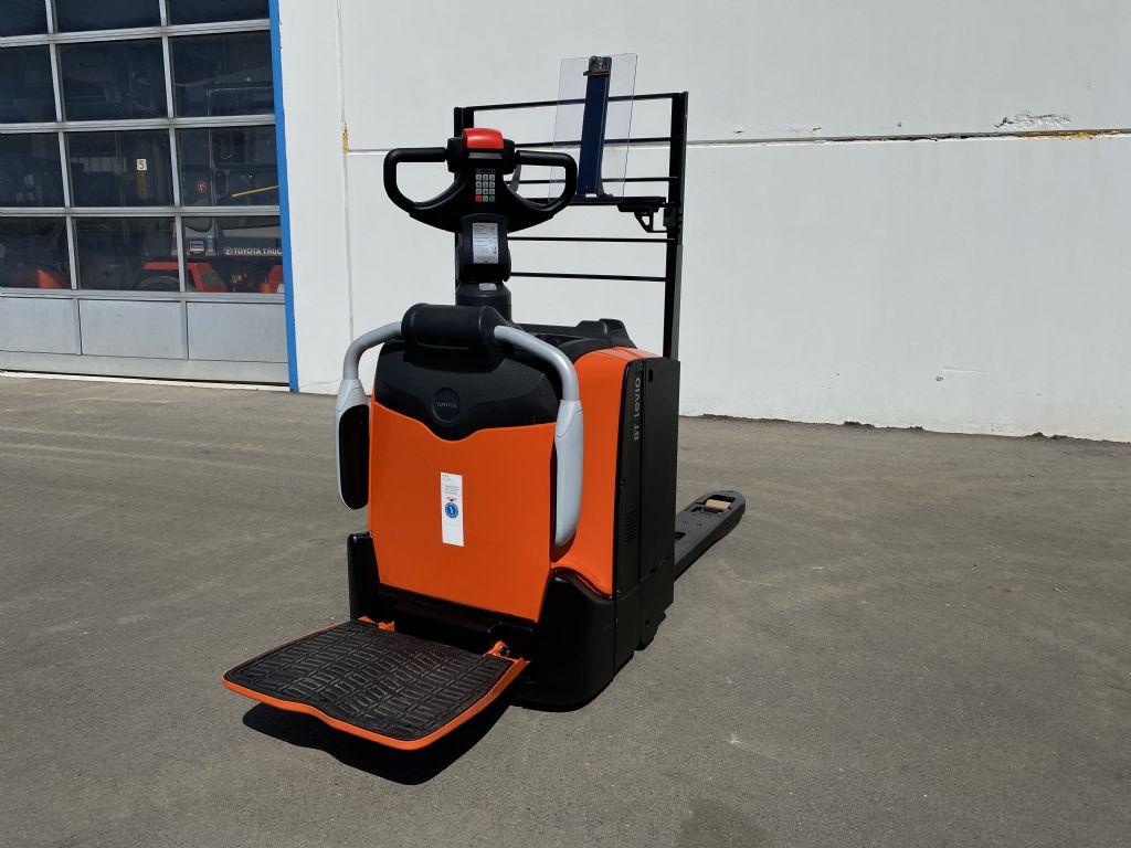 BT-LPE200-Niederhubwagen-www.kugler.net