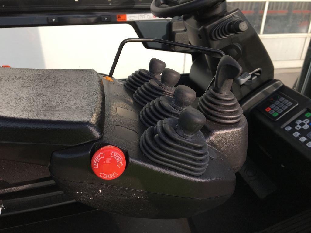 Toyota-8FBMT50-Elektro 4 Rad-Stapler-www.kugler.net