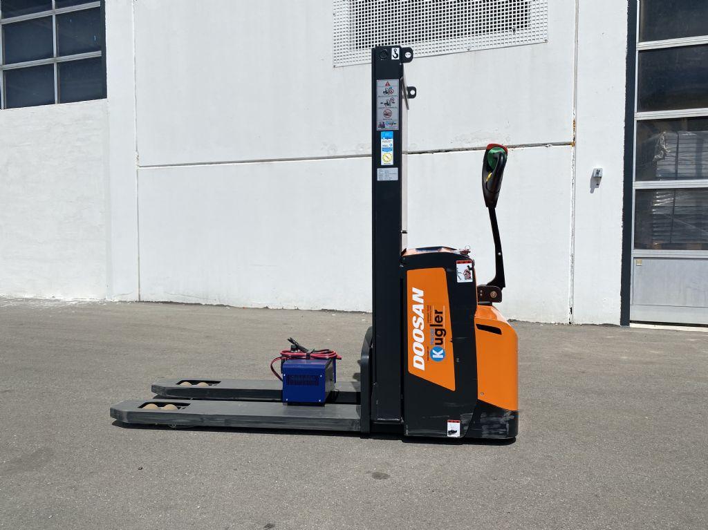 Doosan-BDL13S-7-Doppelstockstapler-www.kugler.net