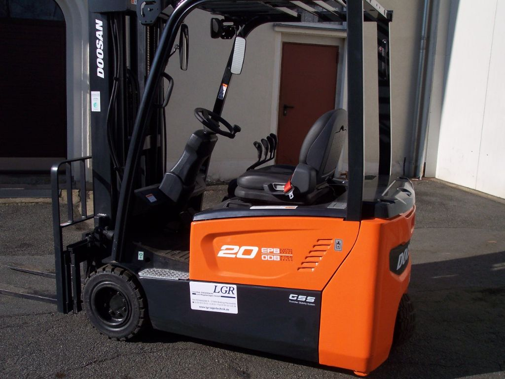 Doosan B20T-7 Elektro 3 Rad-Stapler www.lgr-lagertechnik.de