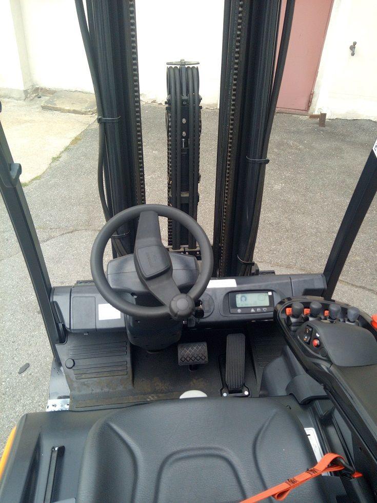 Doosan B15T-7 Elektro 3 Rad-Stapler www.lgr-lagertechnik.de