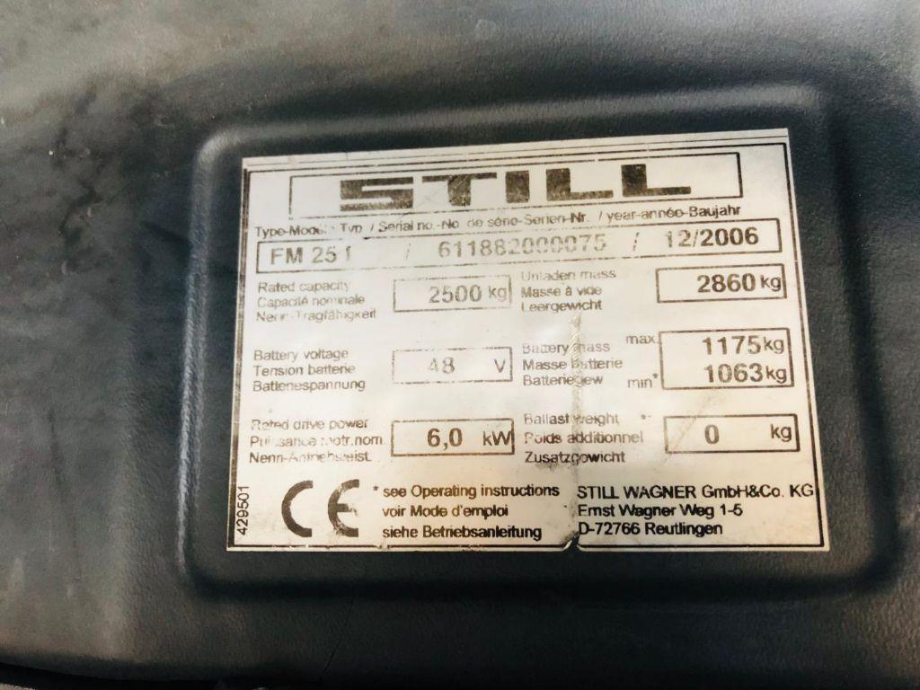 Still-FM25I-Schubmaststapler www.lifthandling.com