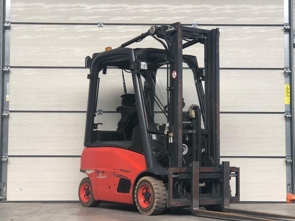 Linde-E16P-Elektro 3 Rad-Stapler www.lifthandling.com