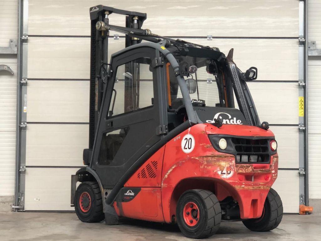 Linde-H25T-02-Treibgasstapler www.lifthandling.com