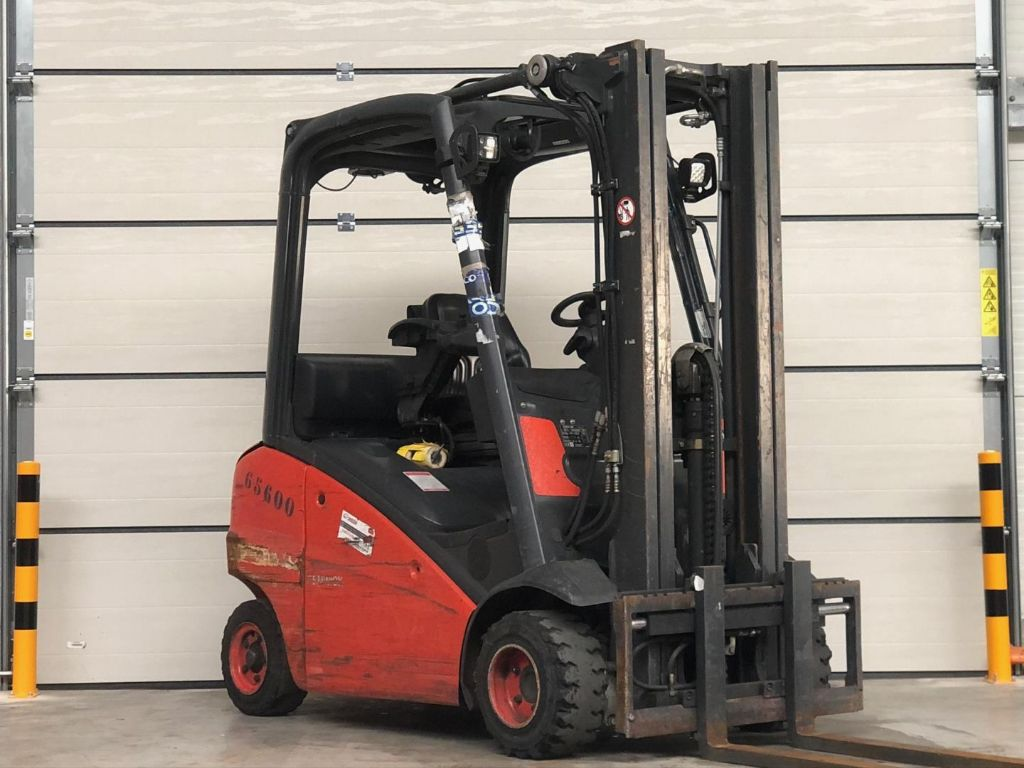 Linde-H20T-01-Treibgasstapler www.lifthandling.com