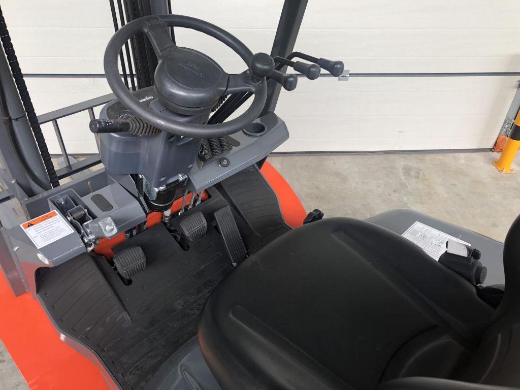 Lonking-LG25D - NEU-Dieselstapler www.lifthandling.com