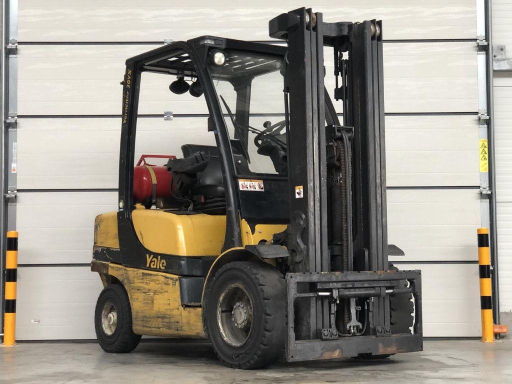 Yale-GLP30VX-Treibgasstapler www.lifthandling.com