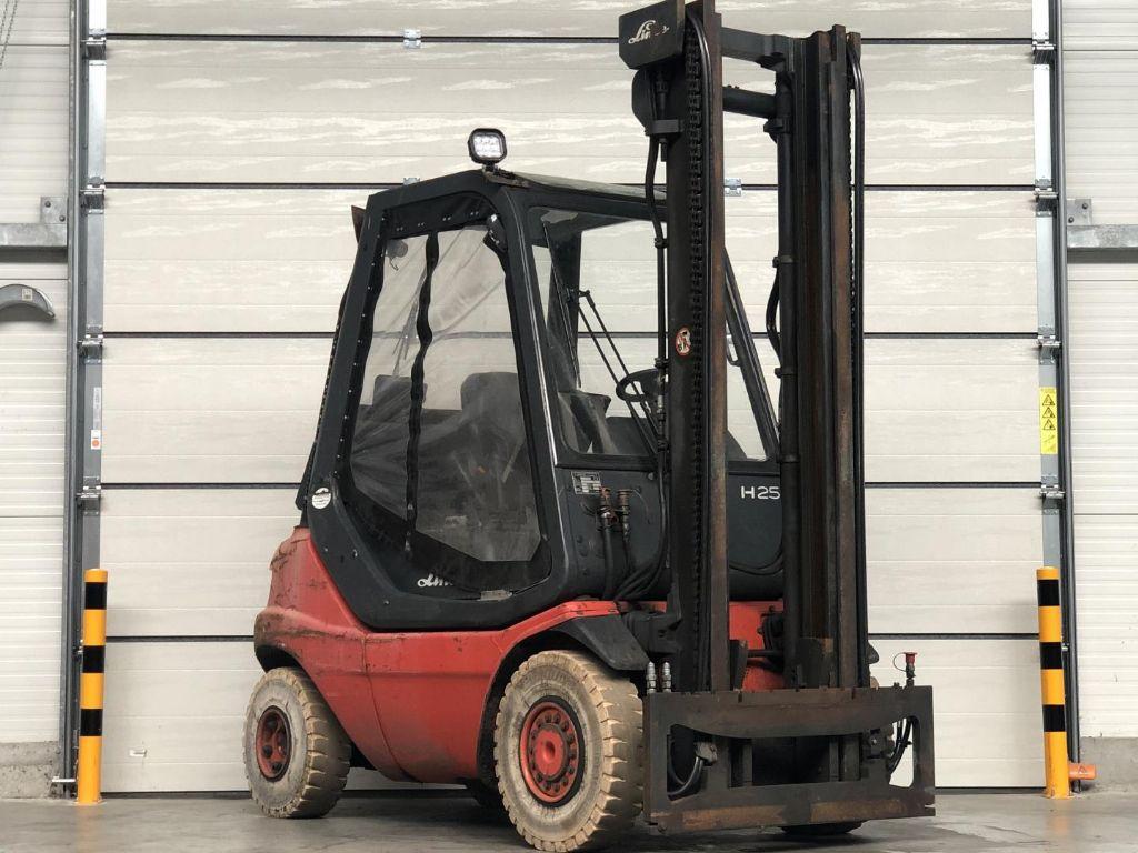 Linde-H25T-03-Treibgasstapler www.lifthandling.com