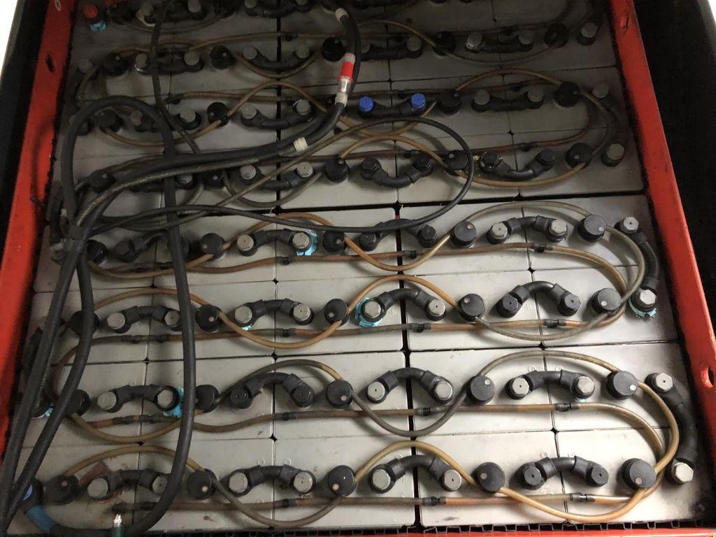Linde-E50HL-01-Elektro 4 Rad-Stapler www.lifthandling.com