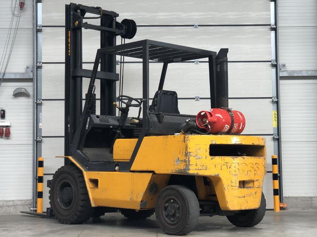 Steinbock Boss-S X 50.05 / 5B-1-Treibgasstapler www.lifthandling.com