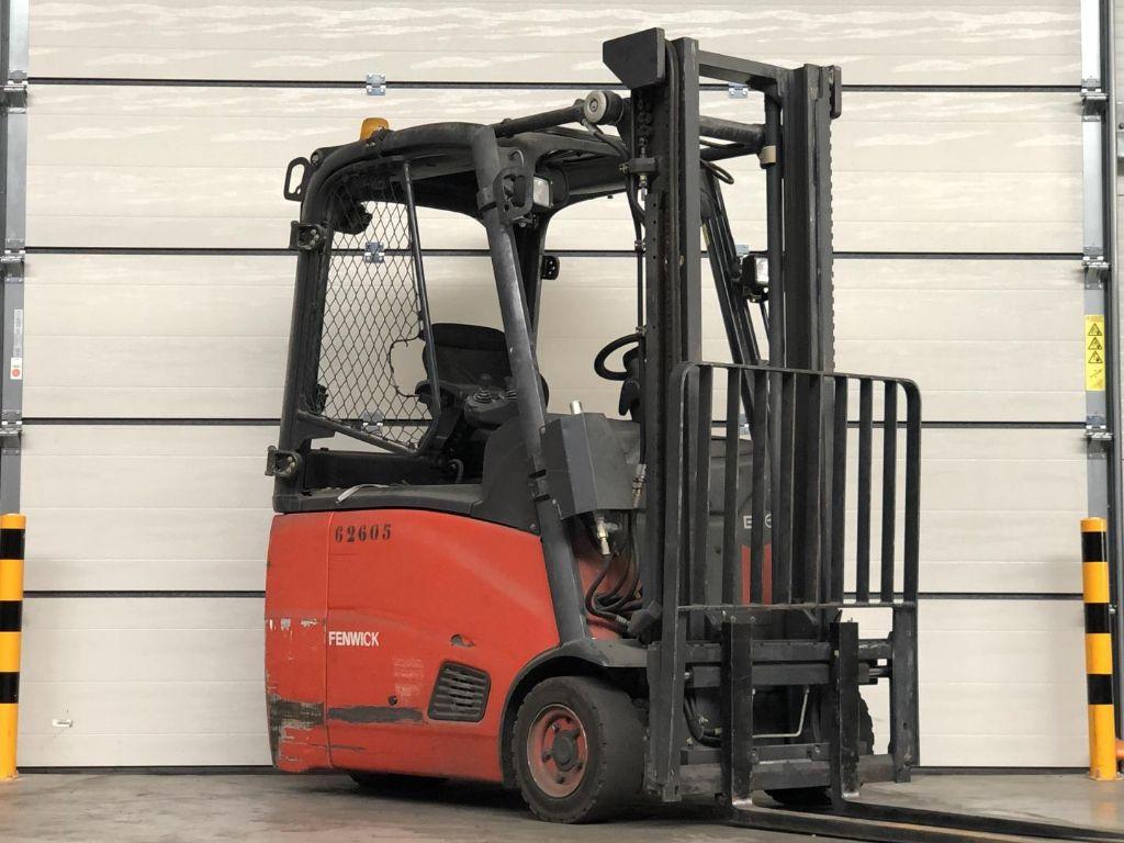 Linde-E16H-01-Elektro 3 Rad-Stapler www.lifthandling.com