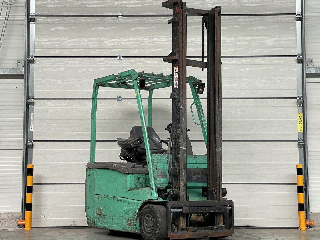 Mitsubishi-FB16PNT-Elektro 3 Rad-Stapler www.lifthandling.com