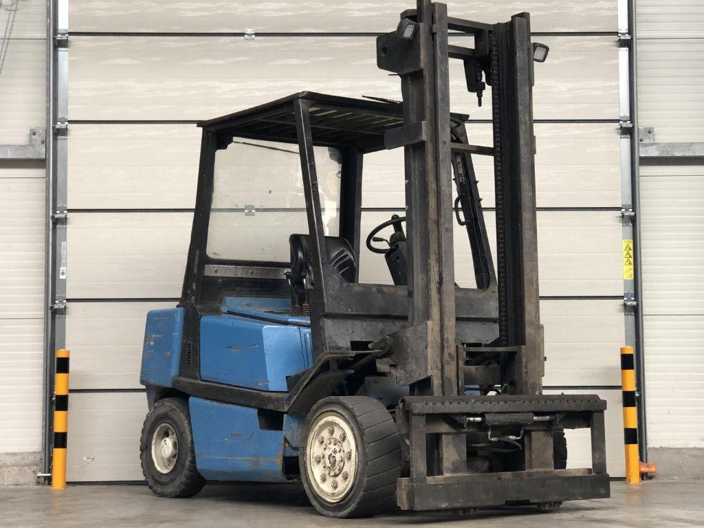 Yale-GDP 40LF-Dieselstapler www.lifthandling.com