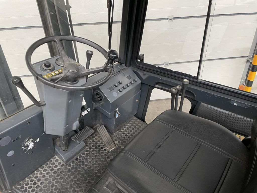 Still-R70-20T-Treibgasstapler www.lifthandling.com