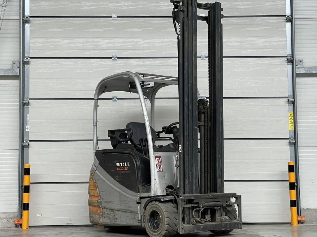 Still-RX20-20-Elektro 3 Rad-Stapler www.lifthandling.com