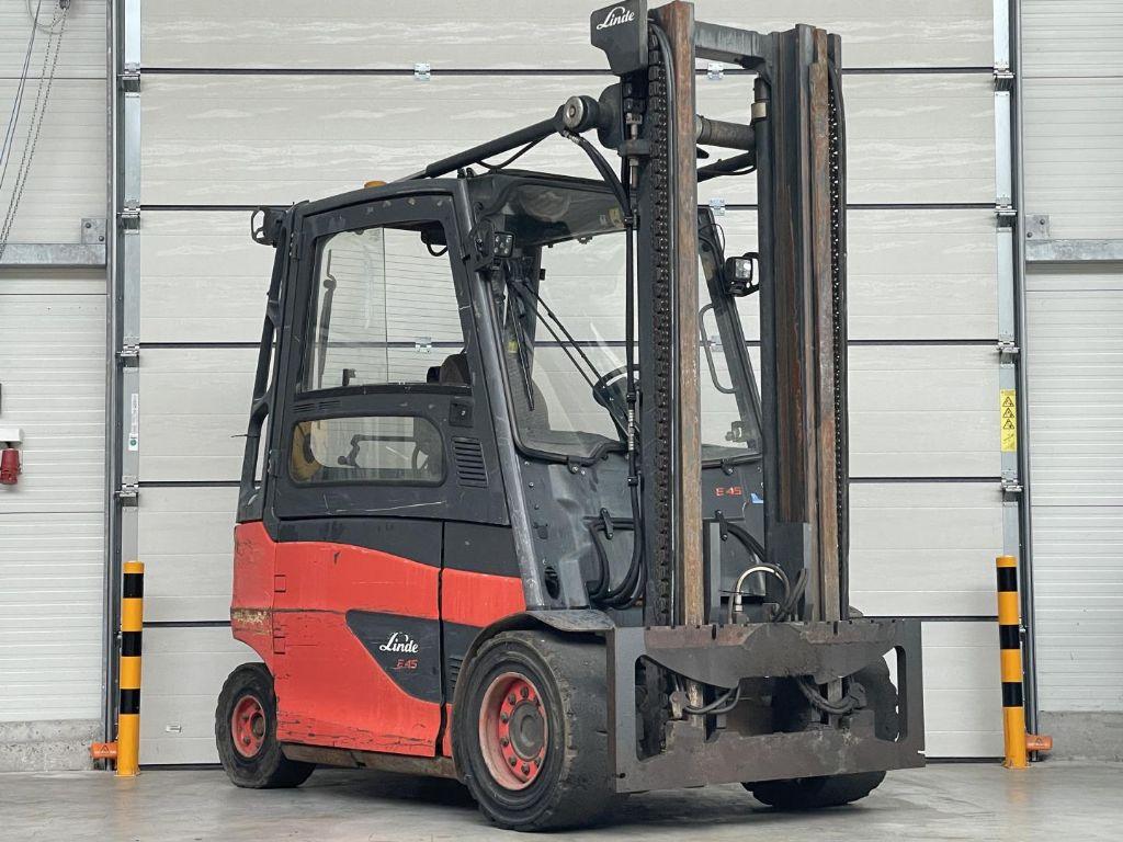Linde-E45HL-01/600-Elektro 4 Rad-Stapler www.lifthandling.com