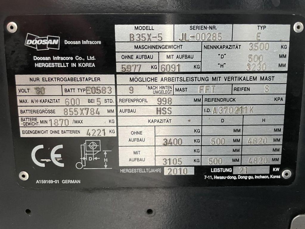 -B35X-5-Elektro 4 Rad-Stapler www.lifthandling.com