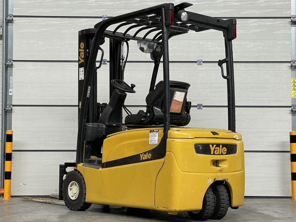 Yale-ERP16VT-Elektro 3 Rad-Stapler www.lifthandling.com